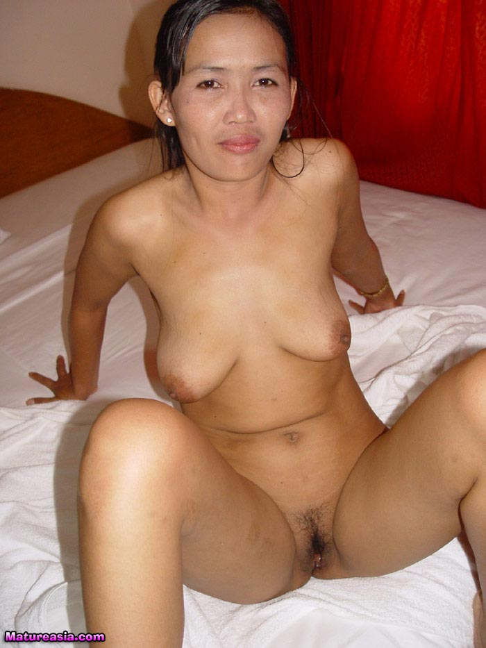 Really pleases nude mature women masterbating the