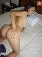 Asia LBFM prostitute shows nice ass