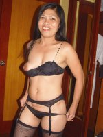 Mature Asian likes blowen stif dick