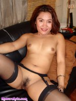 Small Asia MILF showing older pussy